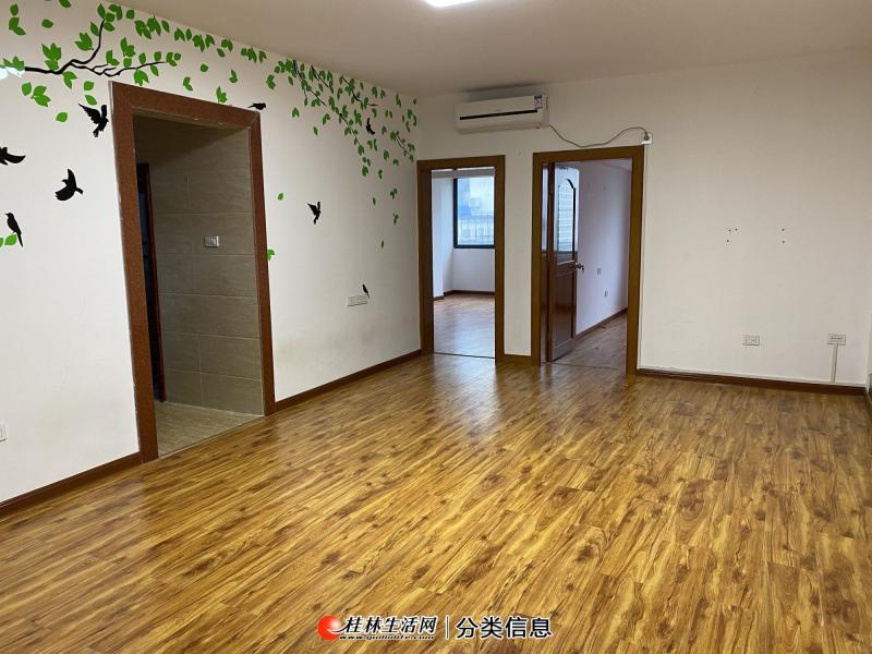 民 主小学逸仙中学 聚龙苑有电梯4楼两房 好停车