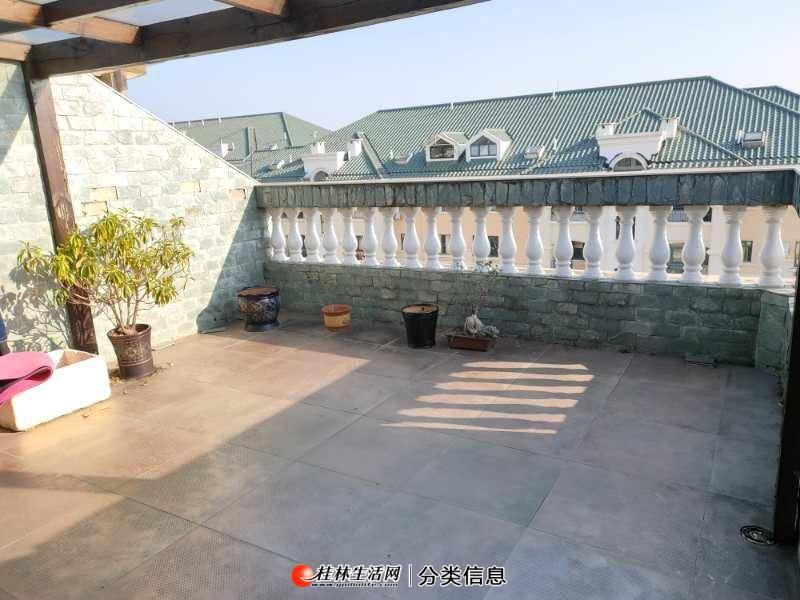 东晖国际顶楼复试 5房3厅3卫 带超大露台 使用面积250平米精装修送家具家电