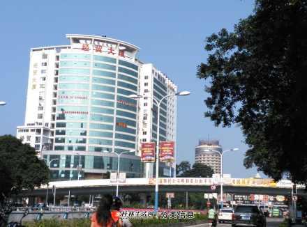 桂林火车站对面单间配套经贸大厦出租