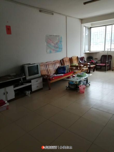 临桂区金源太阳城3房2厅2卫117平米46万
