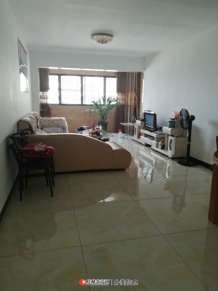 急售临桂雍王府2房2厅一卫100平米45万