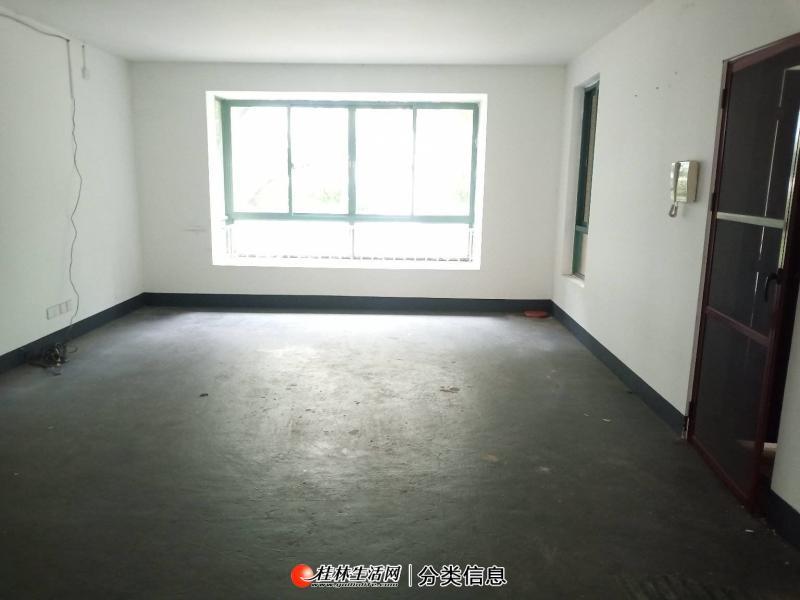 象山区 安厦世纪城步梯5房2厅2卫 145平