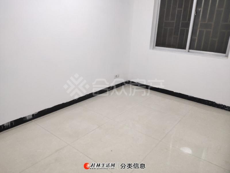 北站附近(桂乐苑)3室2厅105平  精装修 带杂物间