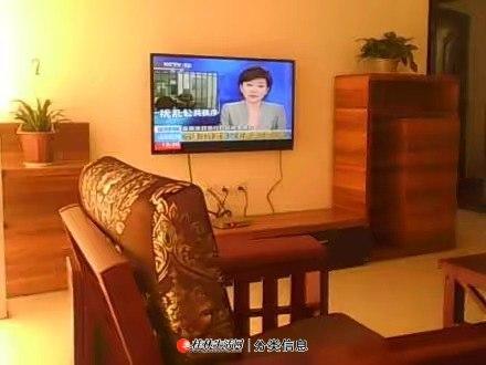 西城大道碧园印象桂林3房2厅  首次出租,家具齐全,大阳台,有花池,种菜等。