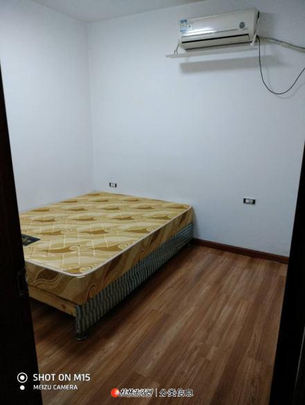 上东国际,一房二厅一卫出租
