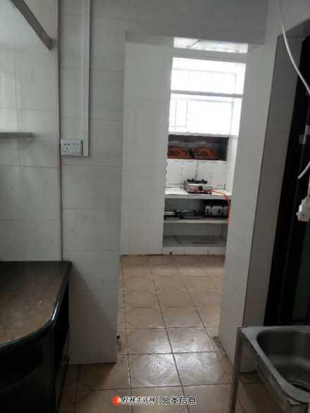 清风小区西一里一房一厅自有房出租