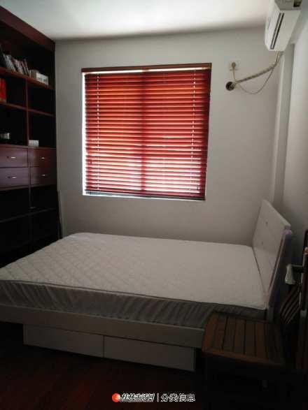 金地怡和东岸 3室2厅1卫 106平米 3000元 西南朝向