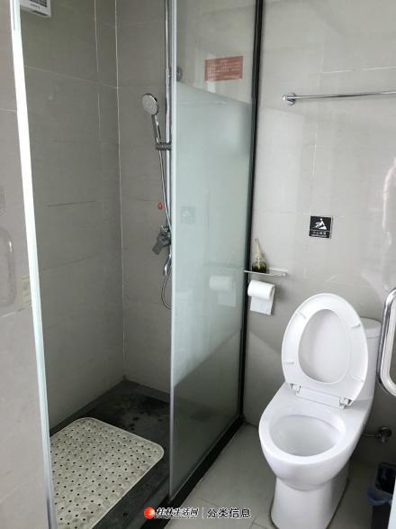 百年荟城市广场精装修公寓出租近桂林站