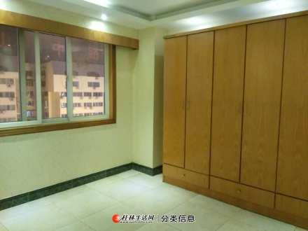 临街办公室怡嘉华庭女人世界中山中路西城路步行街旁电梯6楼3房2厅2卫157平方3600元月