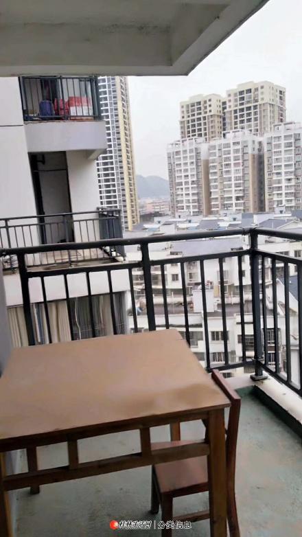 临桂区人民路绿源雅居2房2厅1卫1厨简装35万