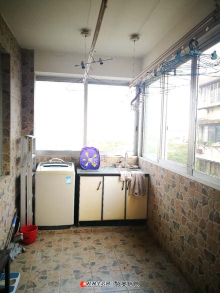 三里店七星路橡胶设计院步梯5楼,可租三房或两房