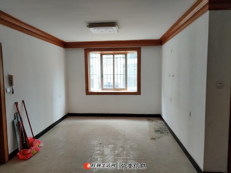 象山区 瓦窑口 同心园 架高1楼 75平简装2房 另送15平杂物间 南北通透
