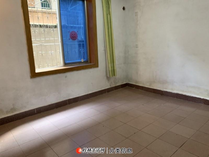 象山区民主万寿巷2房1厅1楼有杂物间院子停电车