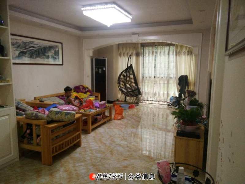 急售:桂花园旁边联发旭景4房2厅2卫150平米精装带30平米的花园