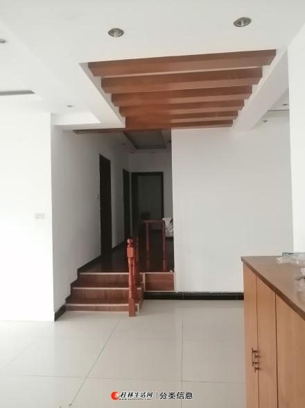 临桂世纪大道国土资源局4房1200元每月