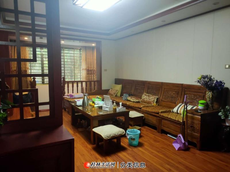 公园绿涛湾东园 210万 6室3厅4卫 普 通 装修好楼层  好位置 低价位