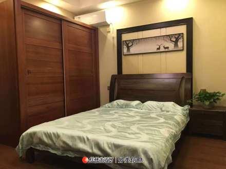 叠彩区芦笛路广汇桂林郡2房2厅1卫电梯7楼76平米,售价82万,精装拎包入住