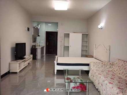 出租,棠棣之华,全新装修,未住过,1800一个月,家具家电齐全,电梯高层