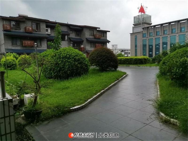 【优质学区 中华小学】置业广场+40平米独用露台桂中双学区3房2厅