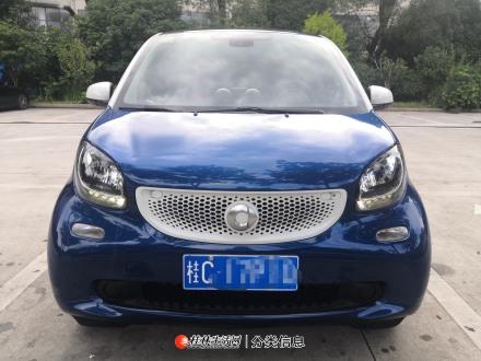 桂林自用九成新2016款全进口奔驰smart高配版私家车转让