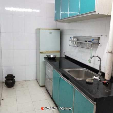 翠竹路西口小区2房1厅,高层1楼家电家具齐全有2台空调