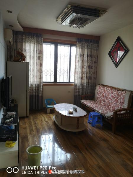 L象山区天清文化长廊2室2厅1卫1800/月