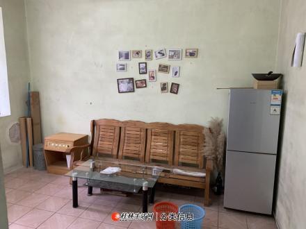 桂湖饭店附近 老人山脚下 单位大院内(2房1厅1厨1卫)53平米一套出租