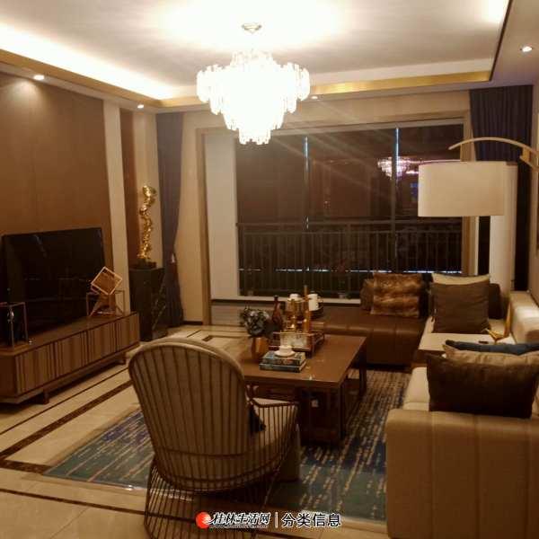 临桂区满五唯一住房 朝南 电梯房 62万 汇荣桂林桂林 4室2厅