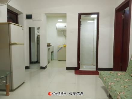 医专医学院附近 丽君路工行旁四楼大一房一厅有厨卫阳台租1000元