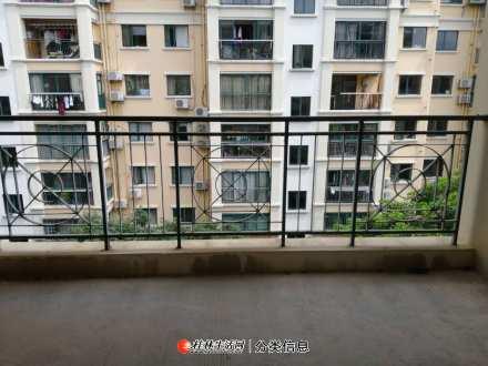 东晖国际:3房2厅2卫,130平米,电梯6楼,清水房,一梯两户,南北通透,2008年建,急