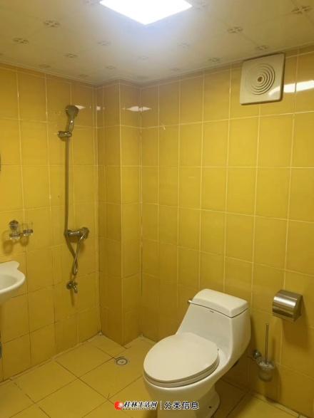 沃尔玛商圈,凤集学区房新豪庭电梯13楼96平大2房精装修仅售59万