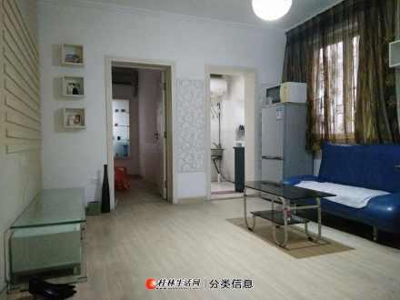 锦绣乐园小区七楼(非顶楼),精装修两房一厅一套出租月租800元