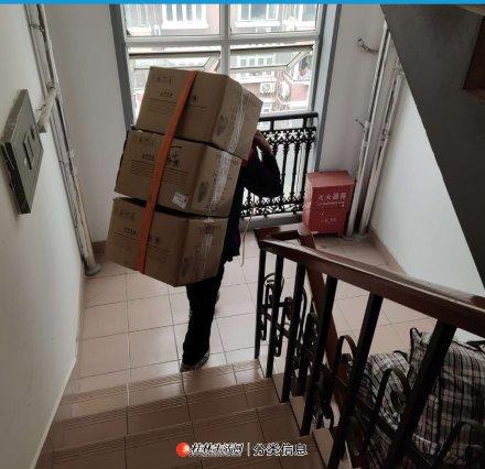 桂林市好顺心搬家公司,专业搬家搬厂,搬钢琴红木,启重吊货装,装御货物