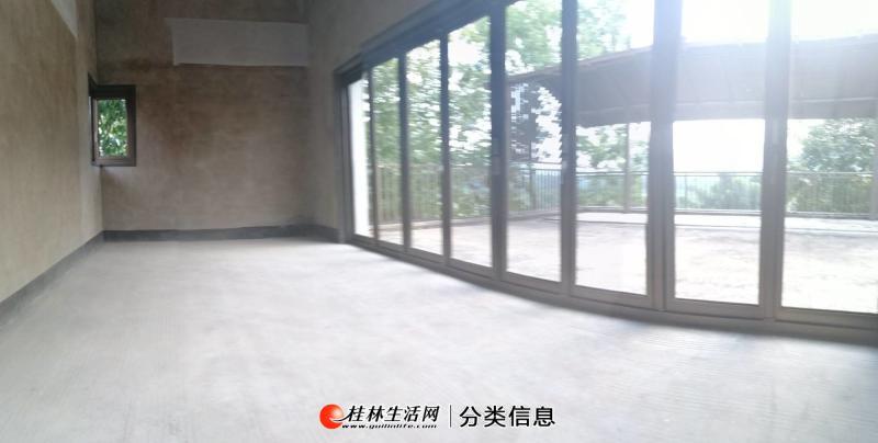 桂林一线漓江美景 水印长廊独栋别墅 产权1200花园10