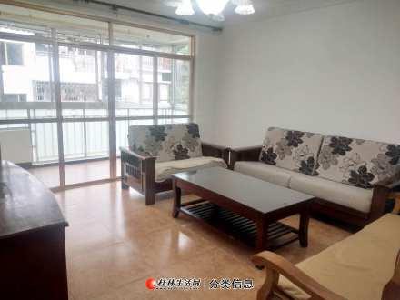 龙隐学区 公园绿涛湾西园 2楼 精装2房2厅1卫 88万