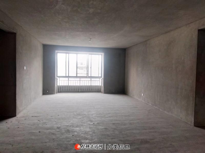 七星区龙隐小学三里店恒祥花园旁鑫海国际电梯6楼清水4房
