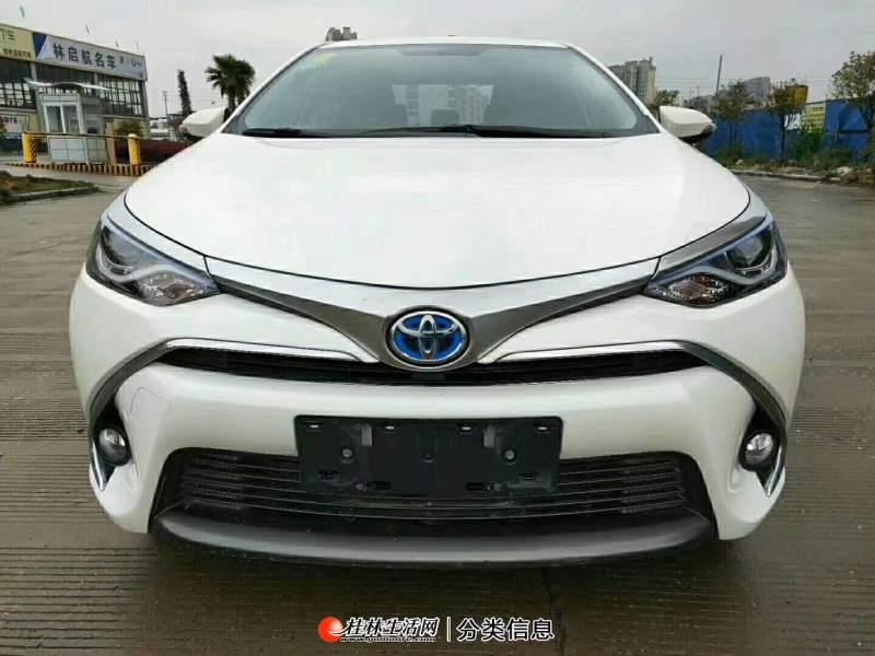 精品丰田卡罗拉油电混合