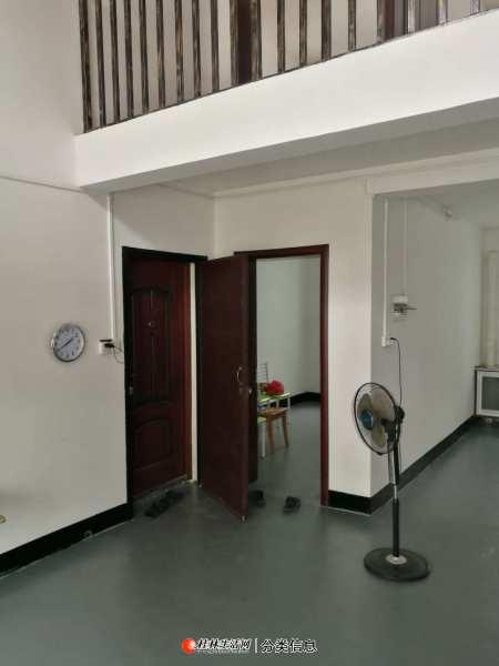 qq象山区复式楼 5室2厅 180平 有大露台 已装修 拎包即可入住