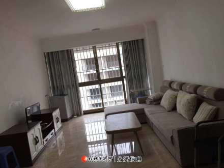 秀峰区中隐路美食街附近金桂国际2房2厅,电梯5楼家电家具齐