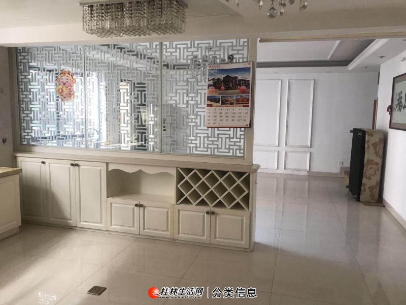 S出售七星区碧水康城,3房2厅,123平米,急售靓房!