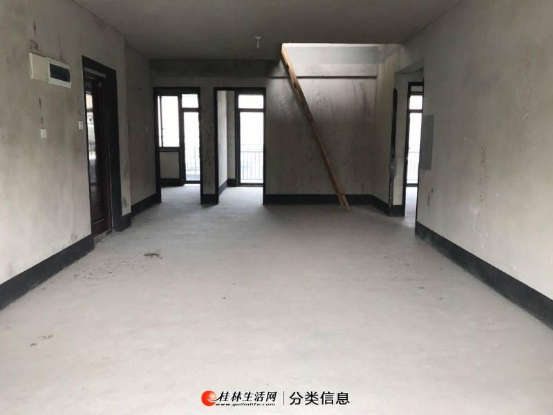 七星区联发旭景电梯顶层复试楼4房带阁楼带两大露台