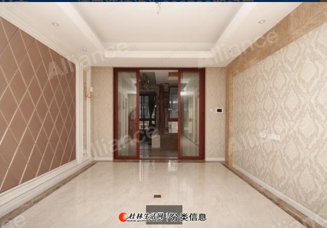 LI安厦揽翠湾,使用面积480平三层顶复,全屋名牌家具,豪华装修带两个车位正对电梯下,有影室厅、中央空调