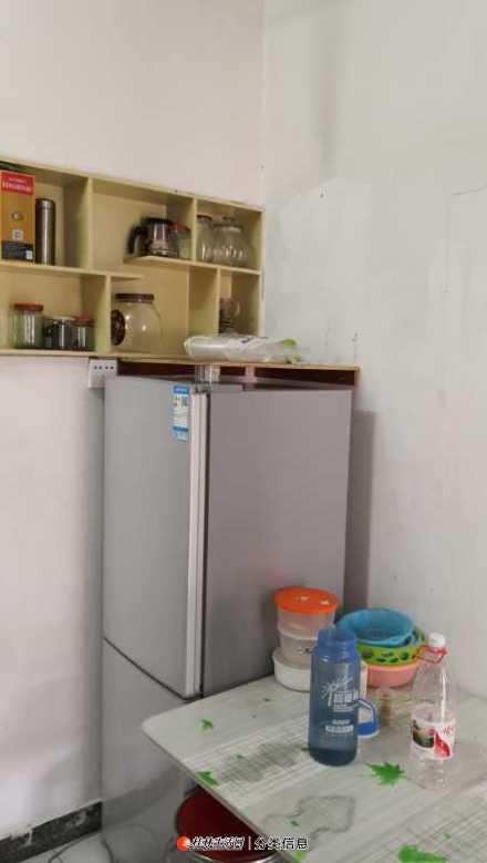 小户型房出租,生活方便,价格合理。