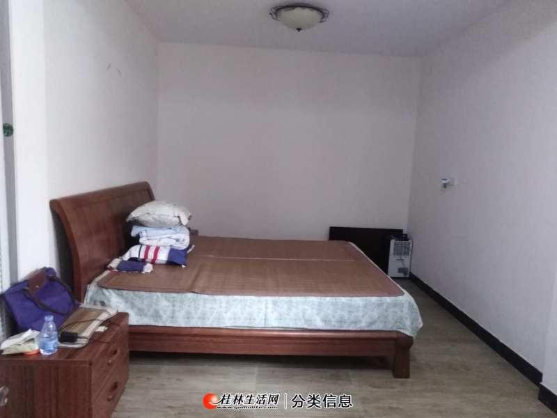 S七星区龙隐小学本部码坪街,1房1厅1卫,42平米,2楼简装,欢迎看房