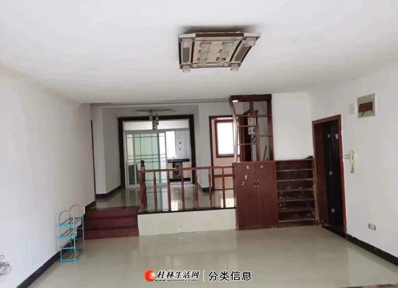 S七星区丰泽园,3室2厅2卫,133平米,4楼,精装