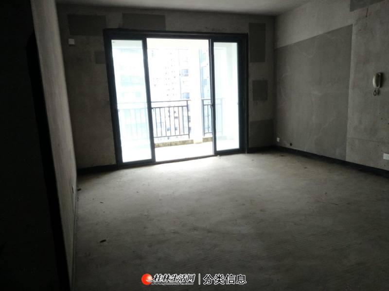 临桂新区CBD核心碧园印象桂林大三房光照好厅出阳台