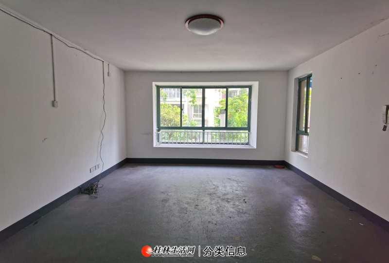 D超值!象山区 超大入户花园 双阳台 152平5室2厅 一梯两户