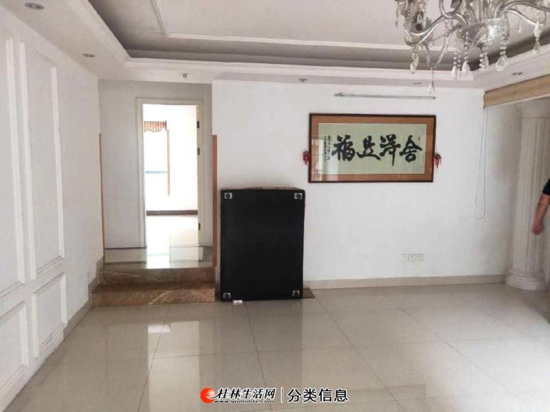 急售七星区碧水康城一楼3房2厅2卫120平 看房方便