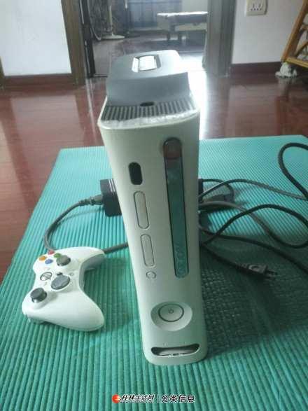 出售一台xb0x360游戏机