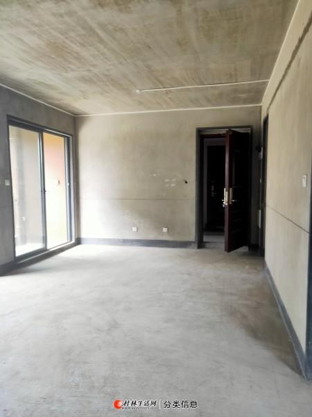 荣和小区  黄金2楼电梯送大露台蓉湖分校学区房